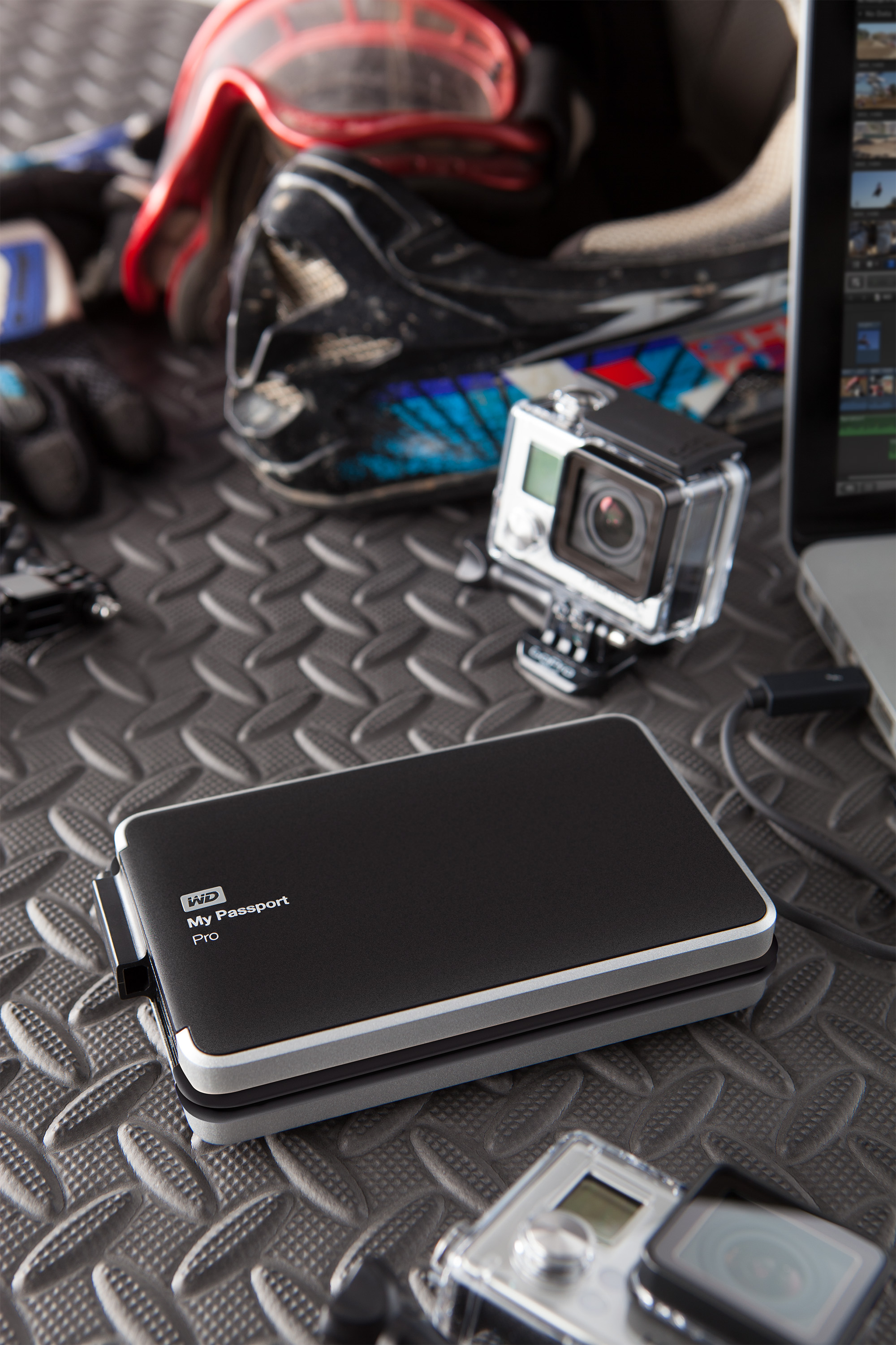 Thunderstruck! We check out the astounding Thunderbolt powered Western Digital My Passport Pro!