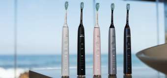 Deluxe Denture Defence in the Palm of your Hand – it's Philips Sonicare toothbrush!